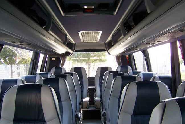 AVANT-coaches-011