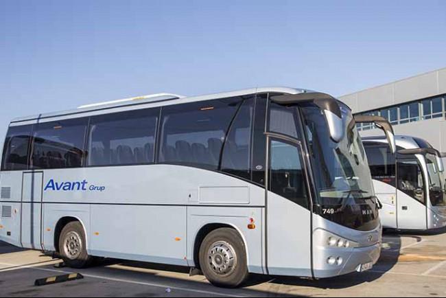 autocares-barcelona-avant-grup-flota-vehiculo-lujo-minibuses-turismo-consultoria-cruceros