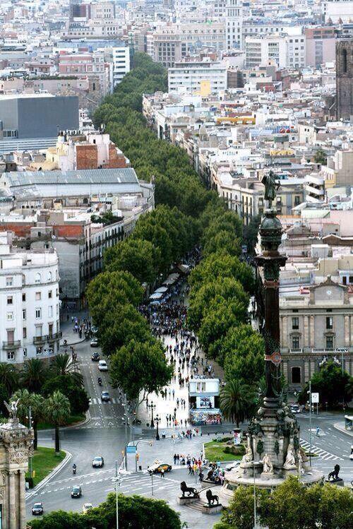 EEUU li aporta a Barcelona el 10% dels visitants d'aquest estiu: