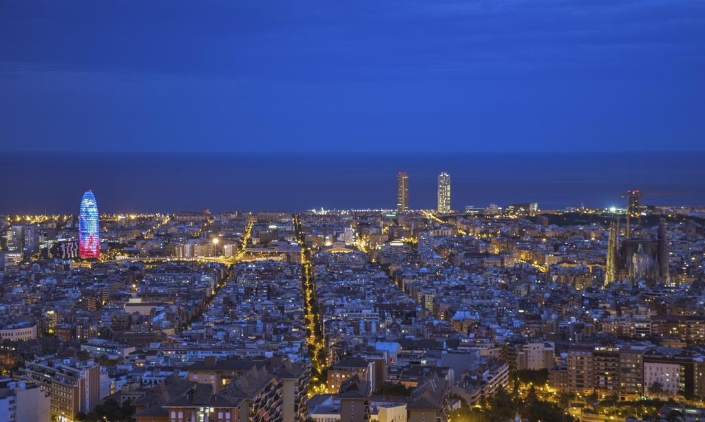 THE TOURISM SECTOR IN BARCELONA