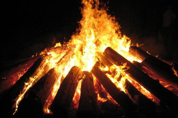 CULTURA y TRADICIONES.- Noche de San Juan, el solsticio de verano.