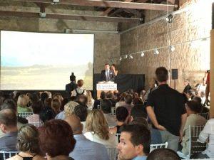 Enoturisme-autocares-barcelona-avantgrup-PinelldeBrai-event-bus-service2