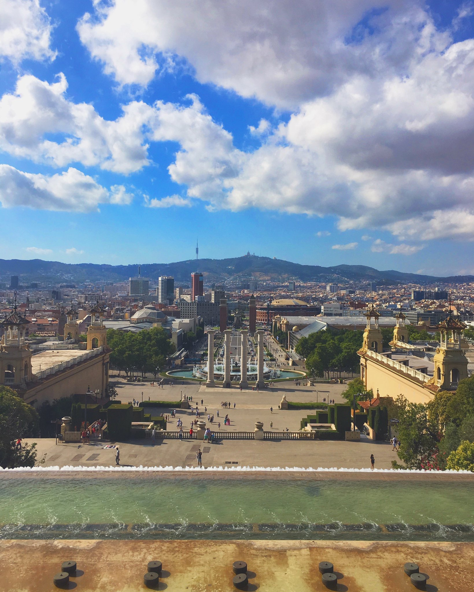 BARCELONA.- Dynamic, welcoming and receptive city