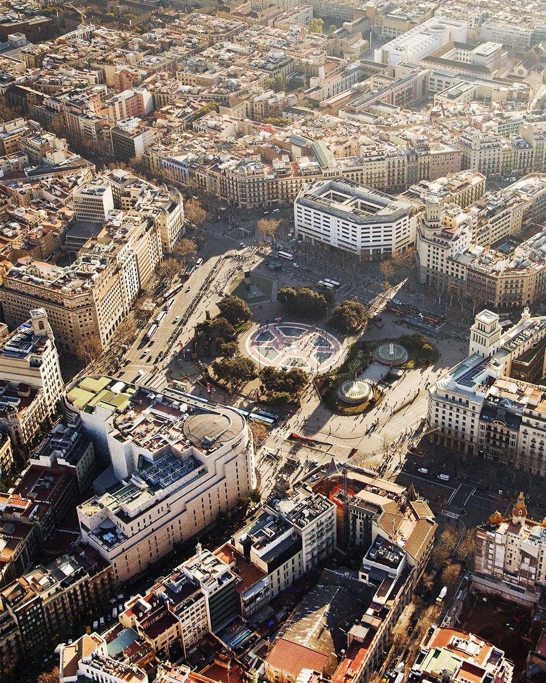 BARCELONA, an active and receptive European city.