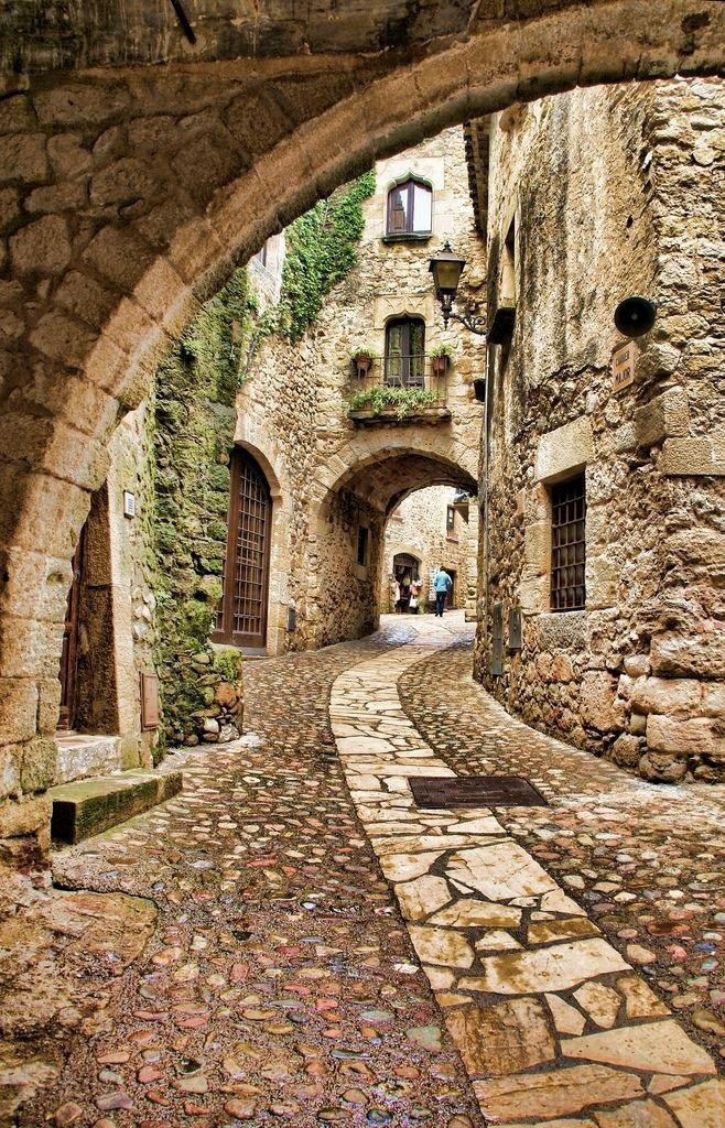 Turismo y Patrimonio. Turismo y ciudad. Un recorrido por la historia y la cultura