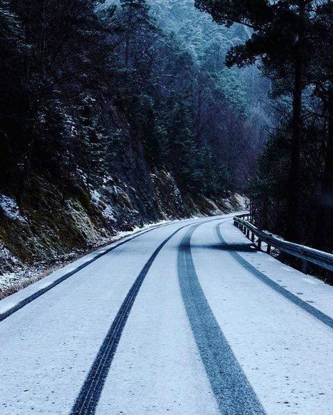 El turisme d'esquí. Un dels atractius turístics a l'hivern.